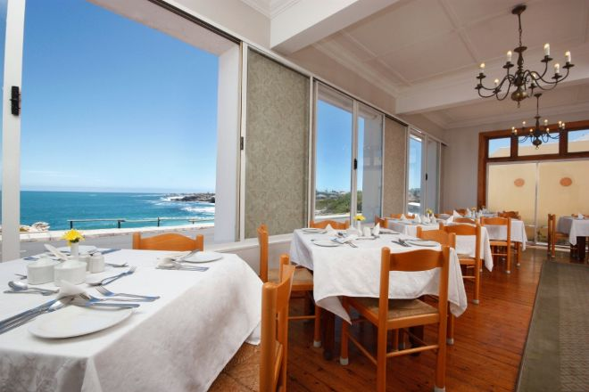 3 star  Windsor Hotel Hermanus - Hermanus (2 Nights)