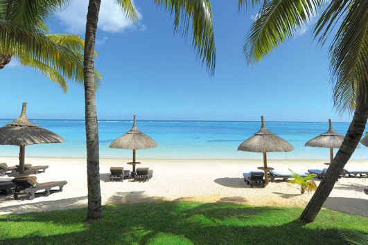 Trou aux Biches Beachcomber Golf Resort and Spa - 7 Nights  star  star  25% Honeymoon Discount  star  star