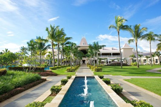 Sugar Beach Resort and Spa - 5 Nights - 40% discount - Room upgrade