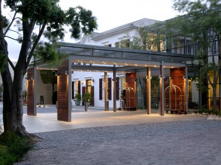 4 star  Vineyard Hotel and Spa - Family Package - Cape Town (2 Nights)