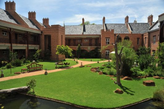 4 star  Faircity Quatermain Hotel - Gauteng - 2 Nights