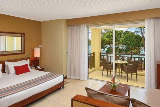 Shandrani Beachcomber Resort and Spa - 7 Nights   star  star  25%  Honeymoon Discount  star  star